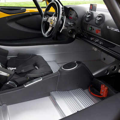 12511_Exige-V6-Cup-R-Interior-with-paddle-shift-400x400px_400x400