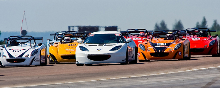 27812_24987_Racing-Field-at-Dijon-Cup-Series_750x300